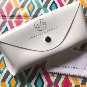Quay Australia sunglass case and cleaning cloth